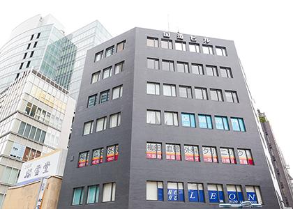 梅田駅徒歩5分という好立地